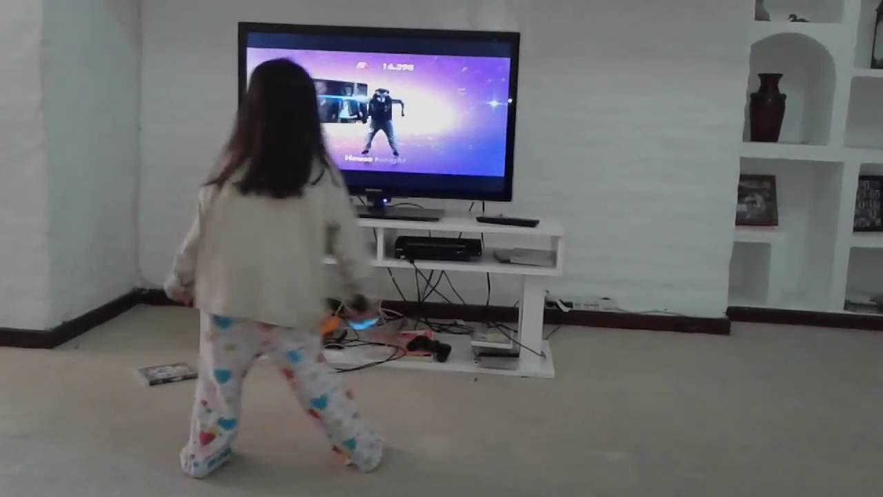 Ninos Divertidos Bailando Con Juego De Play Children Fun Dancing