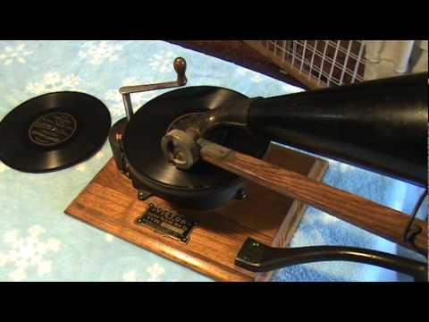 1901 Victor Type A Top Wind Phonograph Playing 1900 IMPROVED GRAMOPHONE RECORD  Dan W Quinn