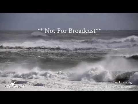 Bellport, New York - Huge Waves/Rough Surf - October 30th, 2017