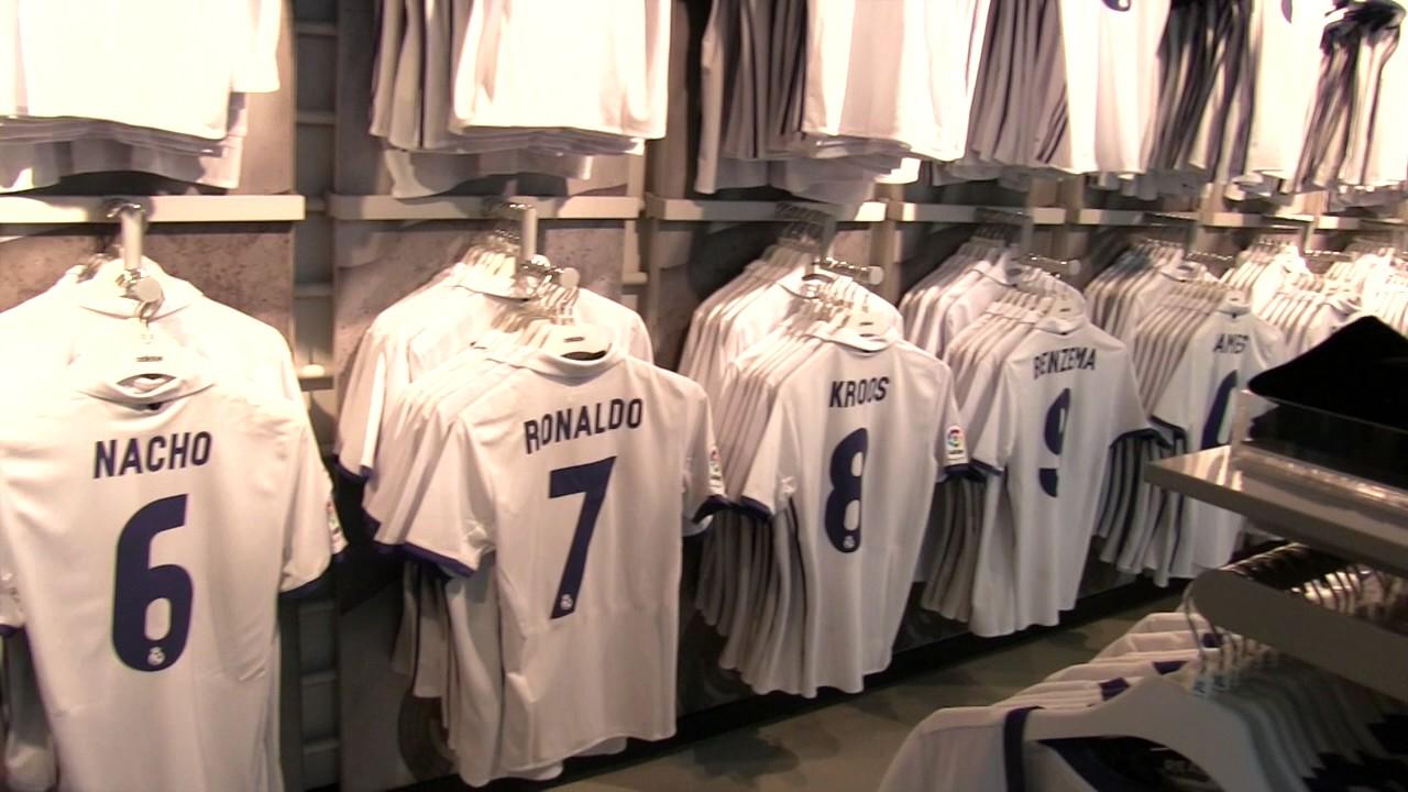 a0fb8b94e1d Real Madrid ProShop - Santiago Bernabeu Shop 🇪🇸 - YouTube