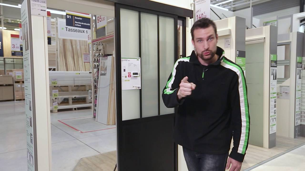 cyrille vous pr sente la porte coulissante atelier youtube. Black Bedroom Furniture Sets. Home Design Ideas