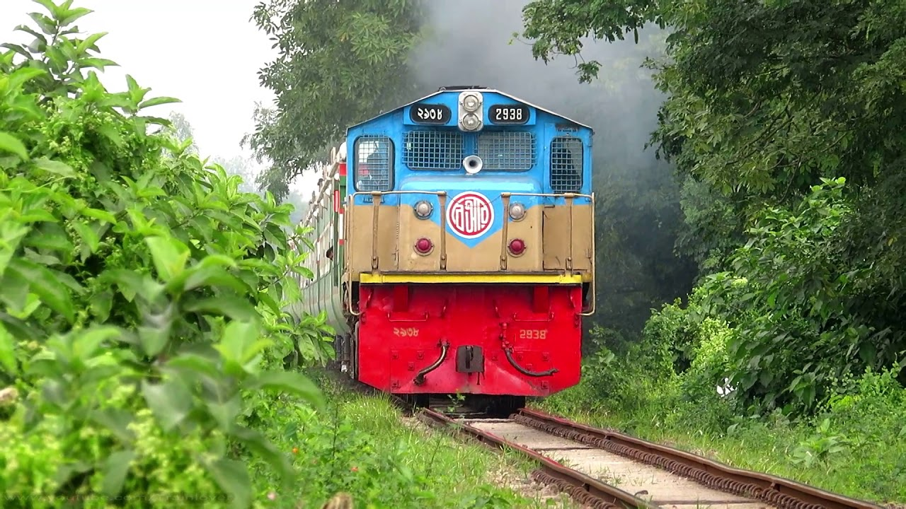 New year Trip Suborbo Express Train || Bangladeshi Non stop PT inka Train