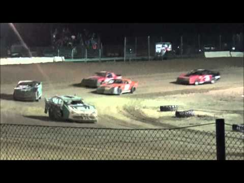 Tyler Sistrunk Motorsports - North Florida Speedway - D4R Series Heat Races - 3-26-2016 - Stands