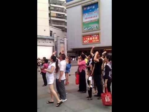 Real life fruit ninja in Shenzhen, China