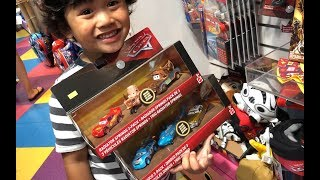 Disney Cars Toys Lightning McQueen TOY HUNT NEW DEMO DERBY 3 PACK DINOCO RADIATOR SPRINGS