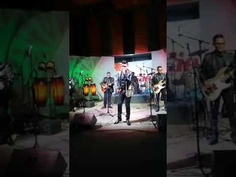 Mi Enemigo El Amor   Axel Moron    En   Imer Radio
