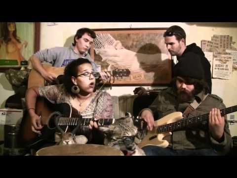 The Alabama Shakes - Going to the Party - live and acoustic in the Well That's Cool Studio mp3