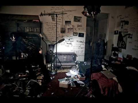 Marilyn Manson - Leave A Scar (Demo)