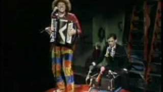 """Weird Al"" Yankovic - Another One Rides the Bus"