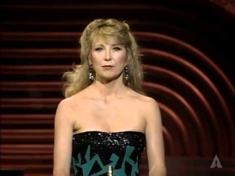 Mask Wins Best Makeup: 1986 Oscars