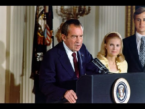 The Essence of Leadership: 7 Vital Elements for Future Leaders - Nixon to Clinton (2000)