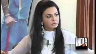 Rakhi vs Veena Malik.flv