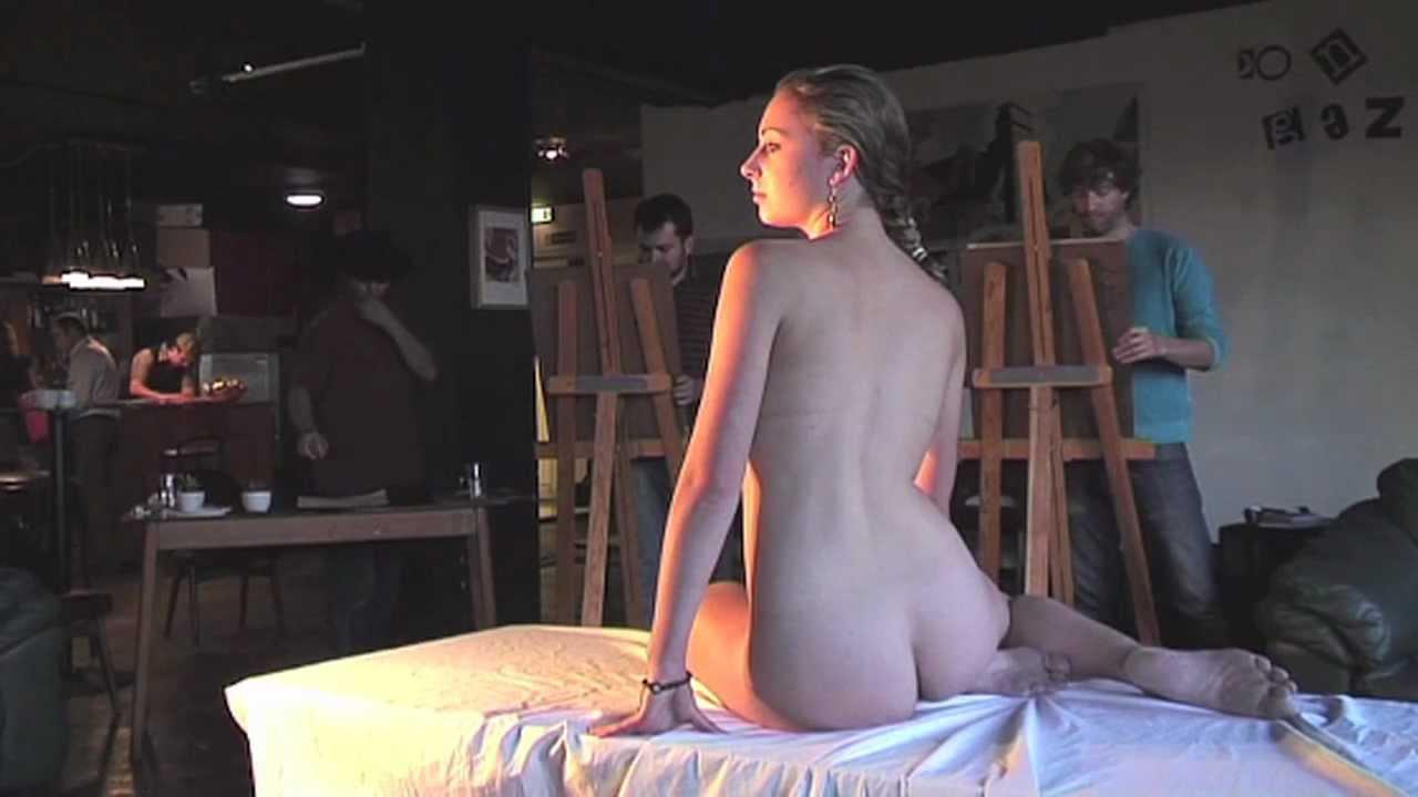 Plays Nudist life video Luna cute