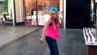Jojo Siwa- Boomerang