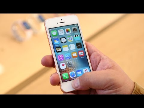 iPhone SE First Look