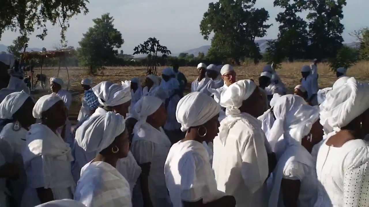 Voodoo followers take part in Haiti's annual voodoo ceremony held ...