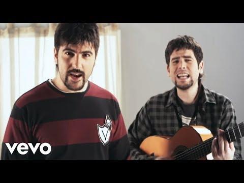 Estopa - El Run Run (Videoclip - Con Rosario)