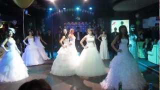 Мисс АГАУ 2013 Дефиле в свадебных платьях