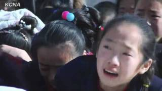 Kim Jong-il Dead - North Koreans cry hysterically