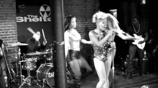 Vina Mills - QUEEN, YEAH, MY X - FIYARtv Thumbnail
