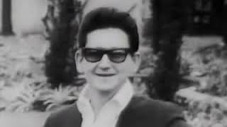 Roy Orbison - Oh, Pretty Woman (TOTP 1964) (HQ Audio)