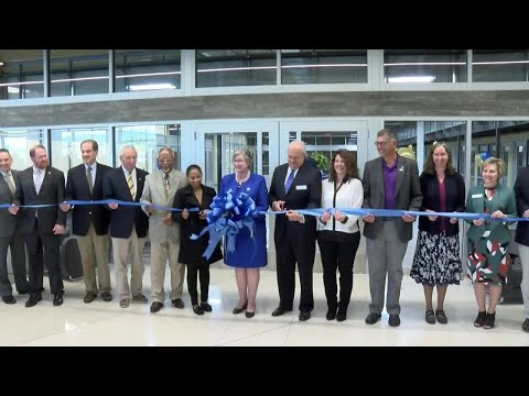 Patrick Henry Community College ribbon cutting