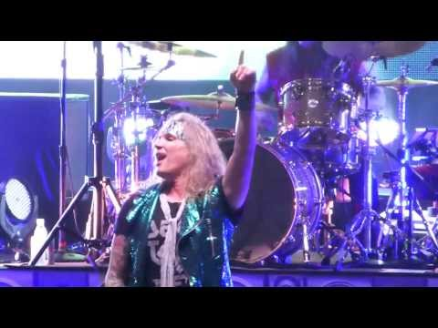 Steel Panther - Eyes of a Panther (intro) Melbourne 8/12/13