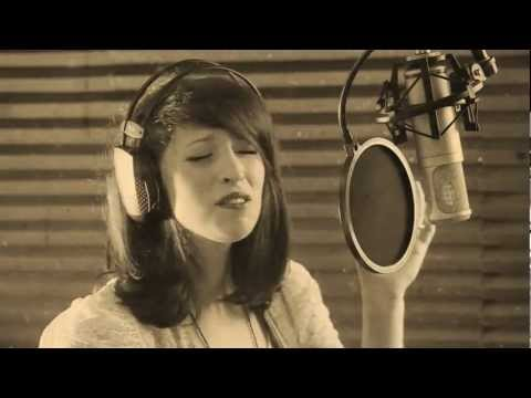 Mandy Barry Performs Adele's