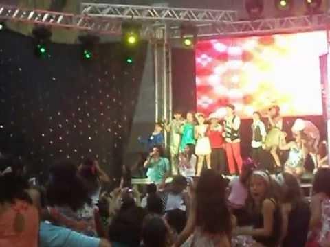 Não Faz Mal (Tô Carente Mas Eu To Legal) - Aysha Benelli & Stefany Vaz em Natal - RN