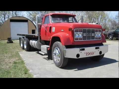 Gmc 9500 Lond Hood 8V71N Detroit Diesel