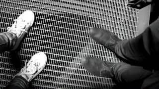 Simon Hanzal - Old Vibe (feat. Alice Vavřinová) (OFFICIAL MUSIC VIDEO)