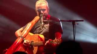 Xavier Rudd - Fortune Teller (HD) Live in Paris 2013