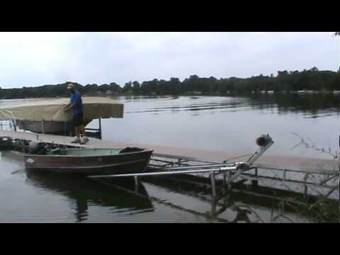 The swift lift unloading a 12 ft fishing boat youtube for 12 foot fishing boat