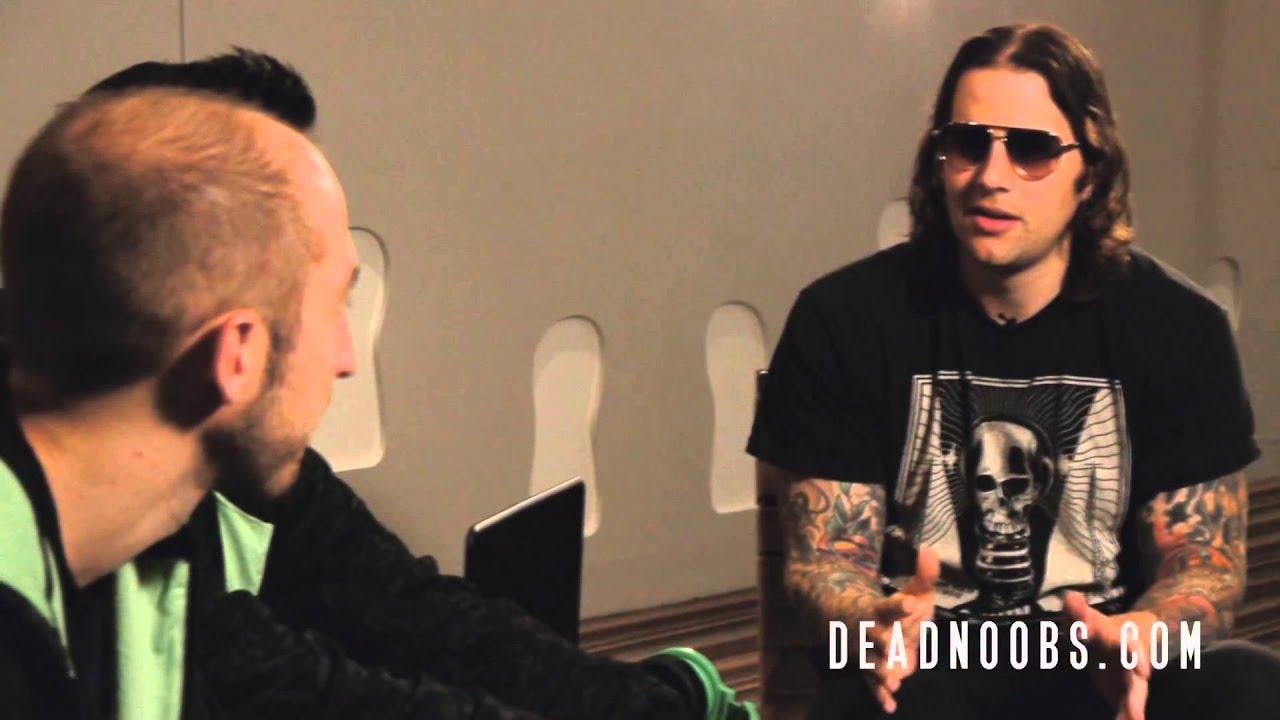 M Shadows 2013 Hair Die Noobs interviews M...