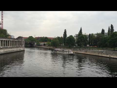 Berlin - On Spree / Public transport, tourism and music