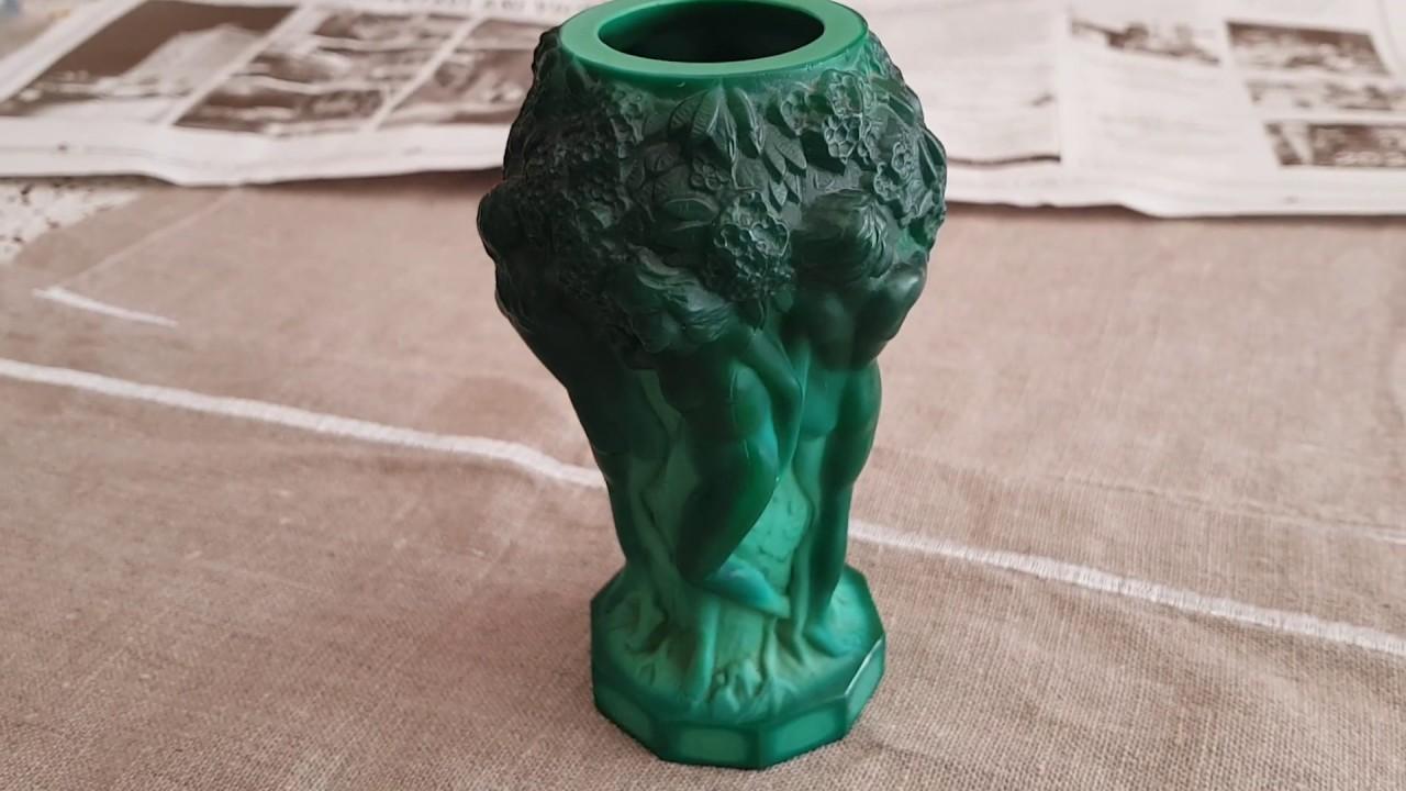 Винтажная бижутерия,находки с барахолки .Старые украшения, вазы ,браслеты. Коллекция чешского стекла