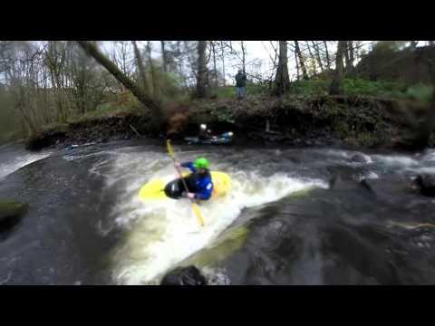 GoPro: kayak River Don playboating