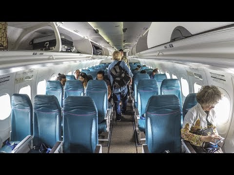 Hawaiian Airlines 717-200 economy class ITO-HNL