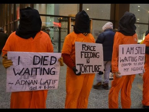 Monologue for two: Clive Stafford Smith about innocent in Guantanamo Bay