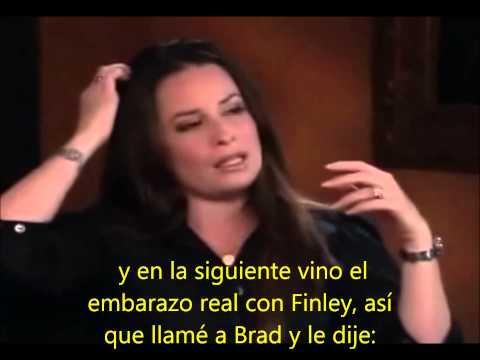 Holly Marie Combs en los extras de Charmed español