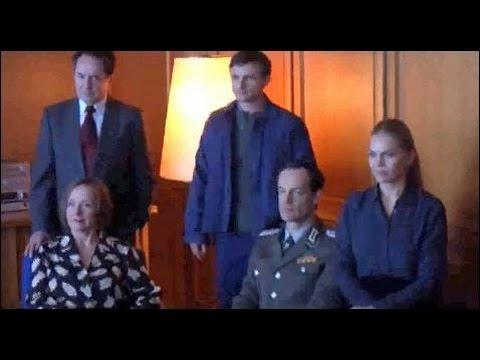 TV-Serie WEISSENSEE Der alltägliche Wahnsinn eines Fototermins im Stasi-Museum