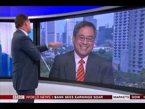 BBC World News | World Business Report 26.05 (2015).