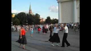 Сексуальные старушки, Москва и менты.