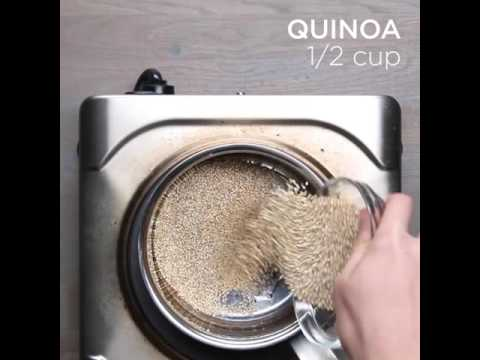 Cơm diêm mạch quinoa với rau củ nướng