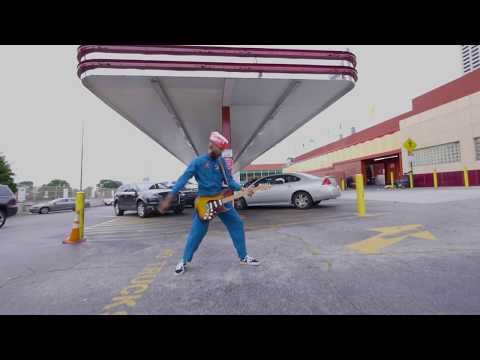 Spree Wilson - Champagne Supernova (Official Video)