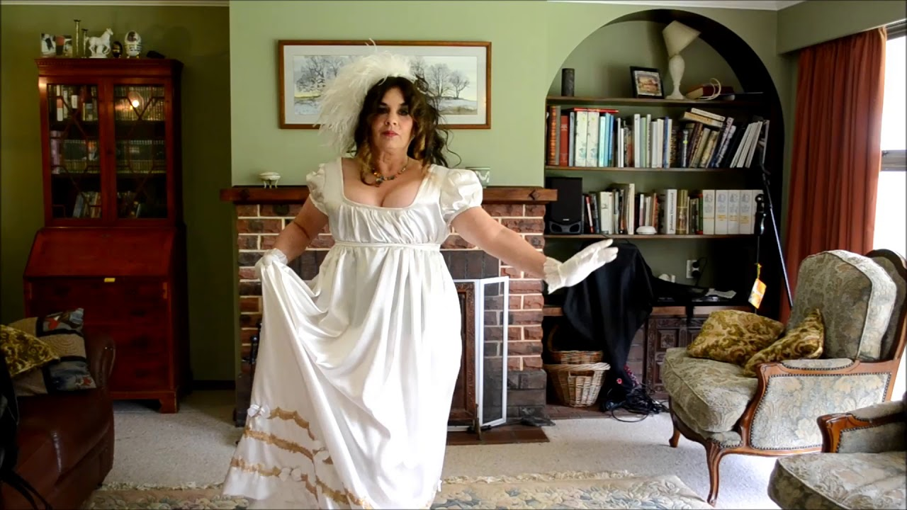 FreeStyle Frolic Showing off the Regency Gown I made - YouTube
