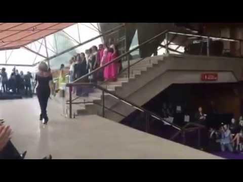 Carla Zampatti Spring/Summer 15/16 Runway Show