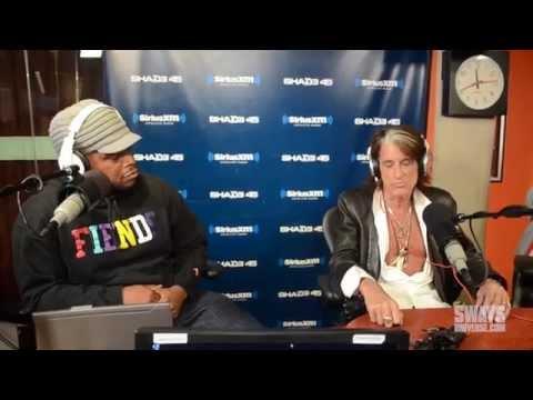"Joe Perry Talks Life as Aerosmith, New Book & Impact of ""Walk This Way"""