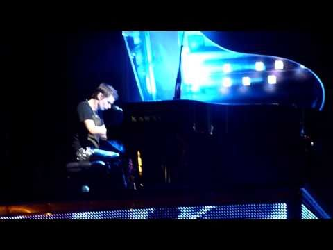 Muse - United States of Eurasia (Live Bassendean Oval, Perth 2010)