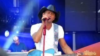 Tim McGraw Everywhere Live in Nashville LP Field 6-23-12